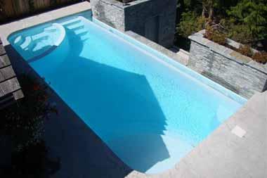 Best Fiberglass Pool Contractor Toledo OH